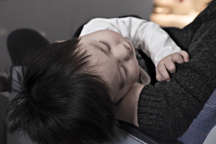 Une assistante maternelle