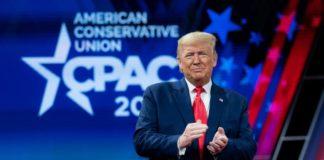 Donald Trump, lors d'une rencontre de l'union des conservateurs américains.